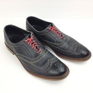 Allen Edmonds Neumok Lace Up Wingtip Shoes